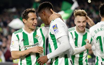 Andrés Guardado regresó en buena forma de su lesión.