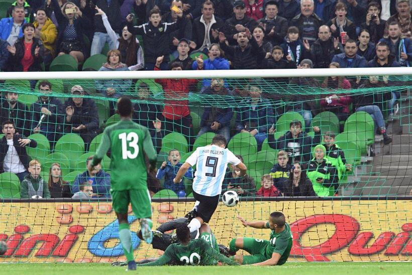 Argentina extrañó a Messi y sufrió un duro golpe ante Nigeria gettyimage...