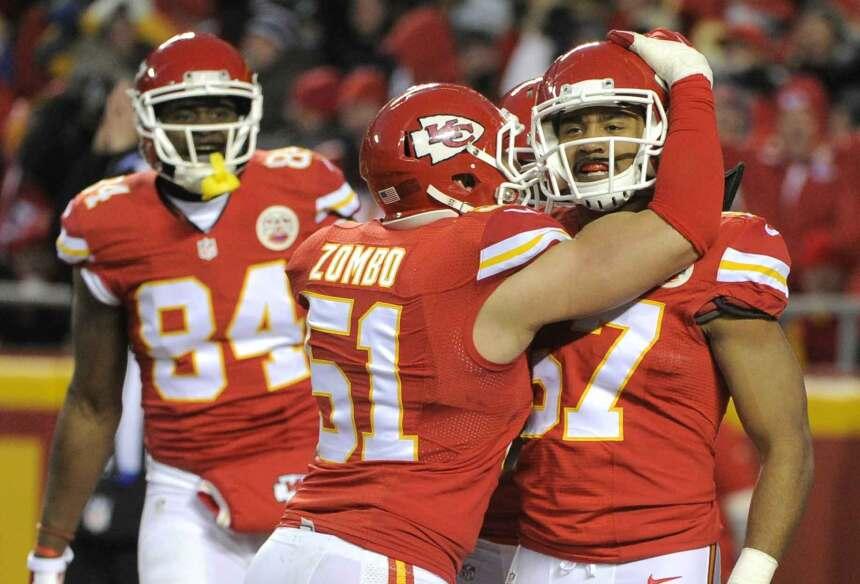 Los Kansas City Chiefs consiguieron su décima victoria consecutiva y se...