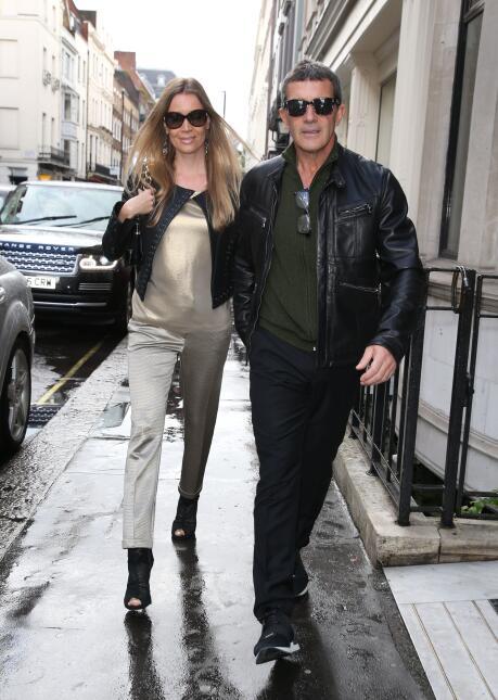El español y su amorcito conocieron la nueva línea de ropa de Victoria B...