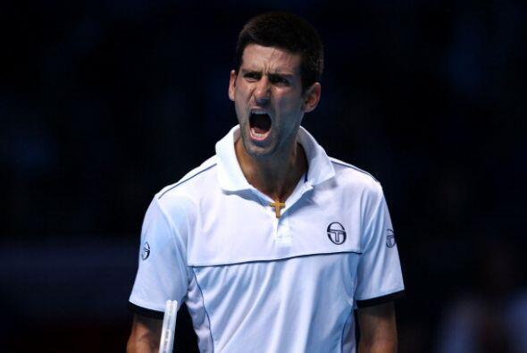 Djokovic es el tercero de los favoritos que sufre para lograr su primera...