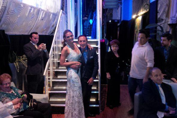 También la modelo Alina y el estilista Antoine disfrutan la última emisi...