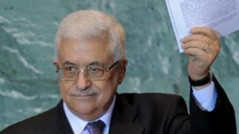 El presidente de la Autoridad Palestina, Mahmud Abbas, solicitó formalme...