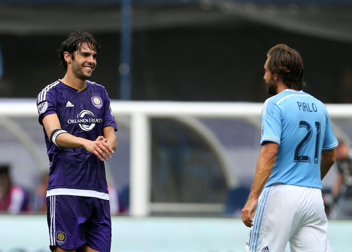 Kaká y Andrea Pirlo -excompañeros en el Milan- se reencontraron en Orlando.