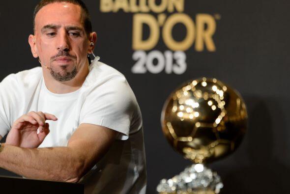 Franck Ribery veía el galardón con deseos de poder tenerlo entre sus manos.