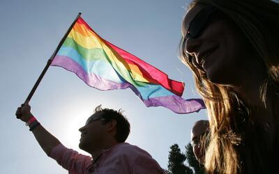 Así avanzan los preparativos para el desfile del orgullo gay en Chicago