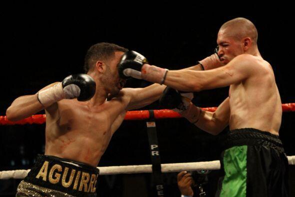 José Aguirre (4-0, 3 KOs) se impuso por decisión unánime, cómodamente, s...