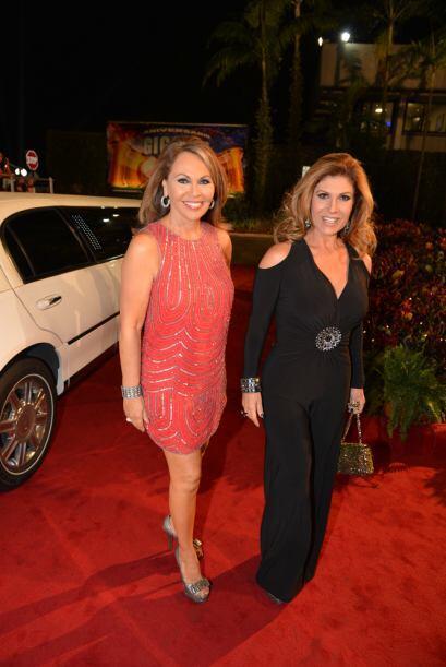 Las dos mujeres de la noticia María Elena Salinas y Teresa Rodríguez se...