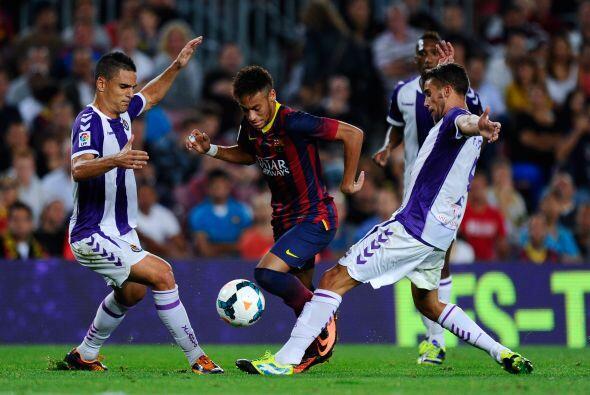 En ausencia de Messi los focos se centraron en el barsileño.