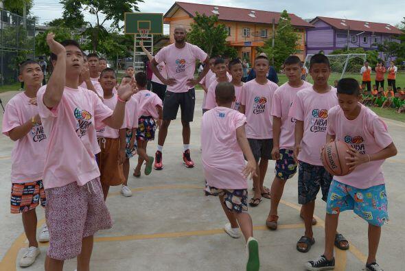 El campamento nacional de formación comenzó en la Escuela Internacional...