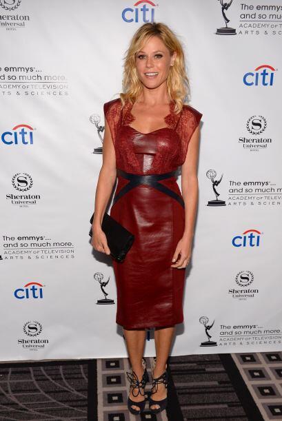 La protagonista de 'Modern Family' se inclinó por un vestido de cuero en...