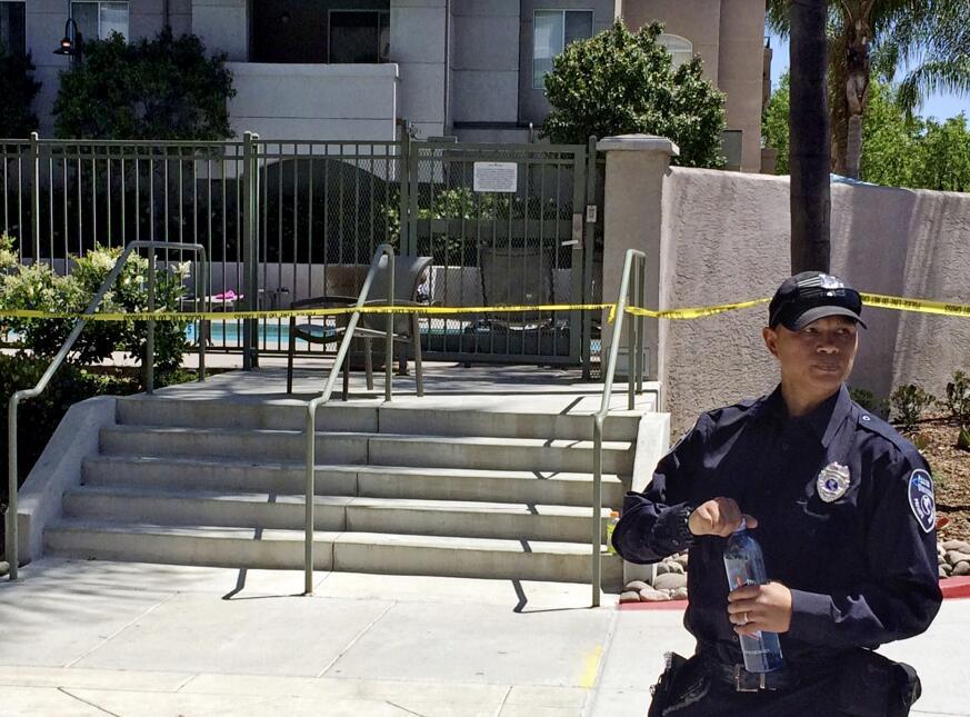 Autoridades investigan un mortal tiroteo en San Diego, California.