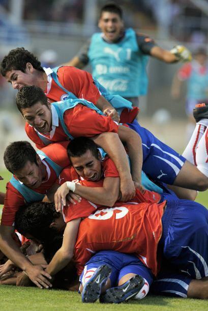 La selección chilena amargó al anfitrión del torneo juvenil sudamericano...