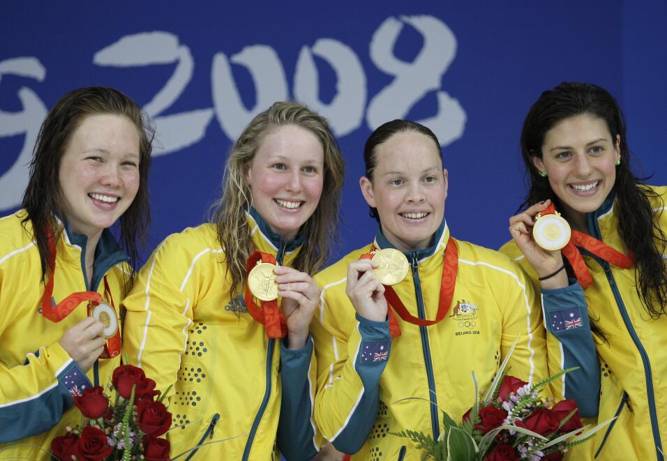En la prueba de 4x100 de natación libre, Australia se qued&oacute...