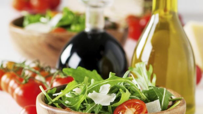 Mantente en forma y come una riquísima ensalada.