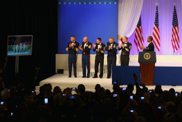 Obama contactó por video-conferencia con militares estadounidenses despl...