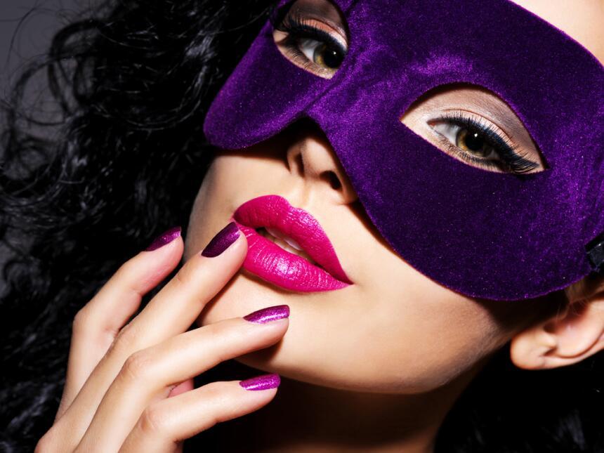 ¿Sabes qué color realza tu poder sexual? shutterstock_525956881.jpg