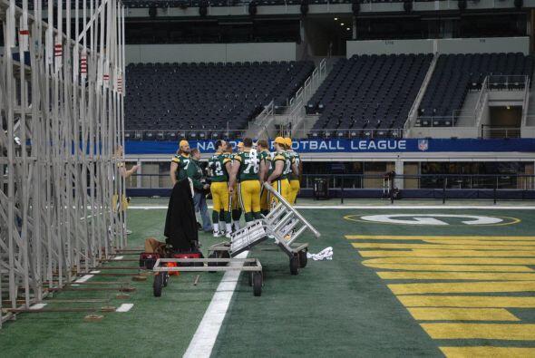 Los Packers fueron los primeros en tomarse la foto como equipo.