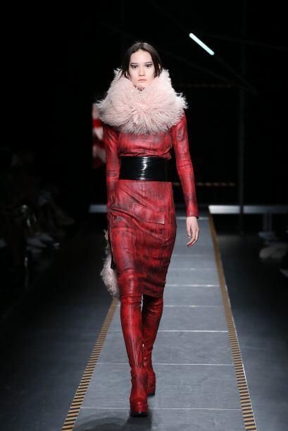El diseñador recientemente presentó su colección de ropa para otoño-invi...