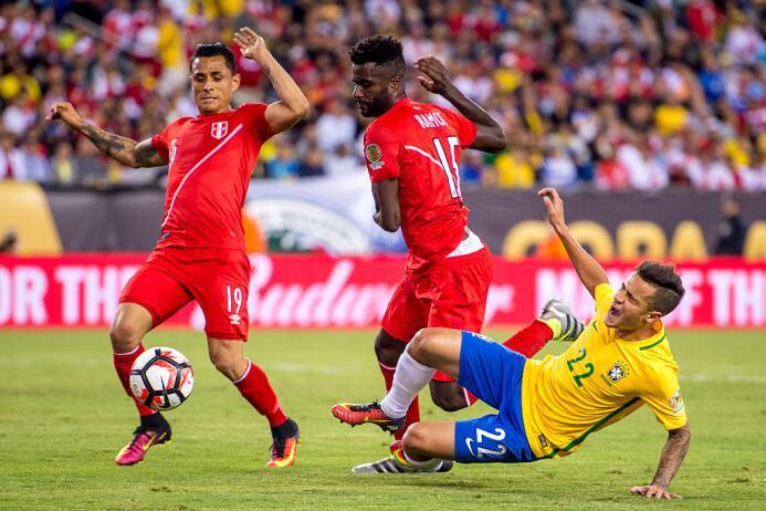 El ranking de los jugadores de Brasil vs Perú Yoshimar.jpg