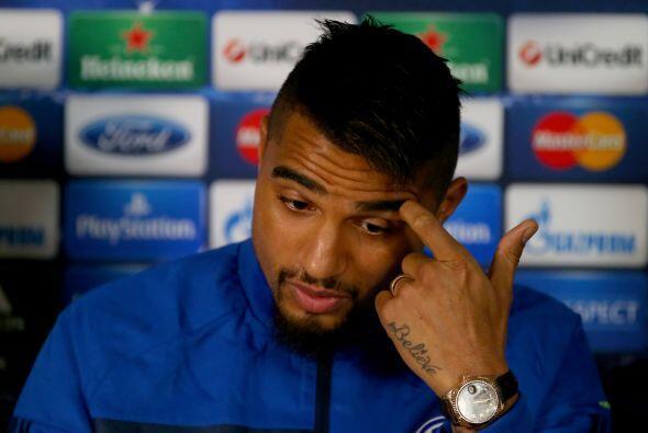 El futbolista ghanés, Kevin Prince Boateng, tiene más de 13 tatuajes en...