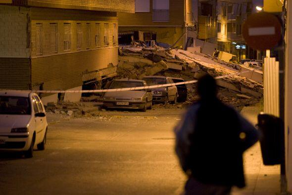 Un fuerte temblor de 5.2 grados en la escala de Richter sacudó la locali...