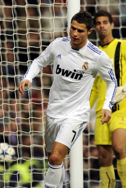 Cristiano Ronaldo entró al campo y marcó el tercer tanto.