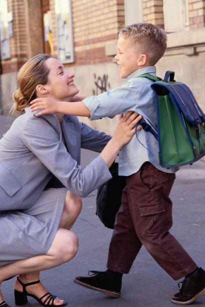 A los niños y a los padres les gusta la escuela: los padres se sienten s...