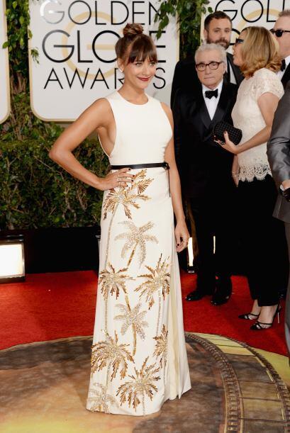 Sinceramente este vestido no es de los mejores que le hemos visto a Rash...
