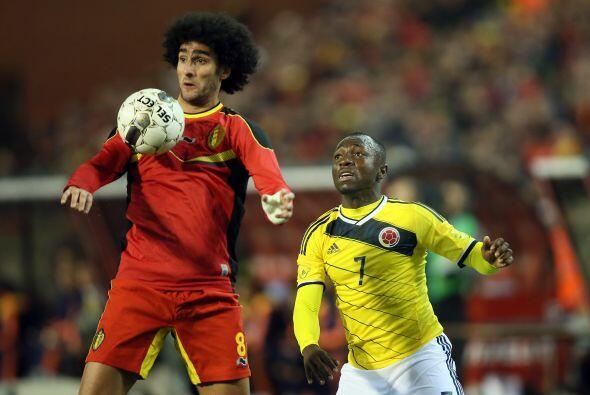 Marouane Fellaini:¿No se le enredará el balón cuand...