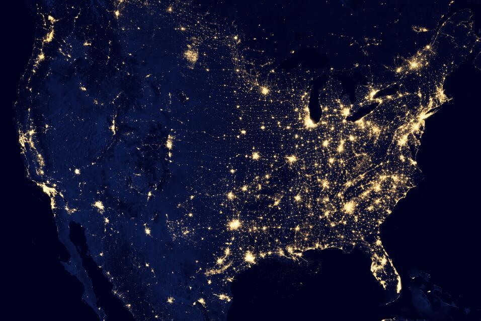 Así se ve la cantidad de luz que convive cada noche con los estadouniden...