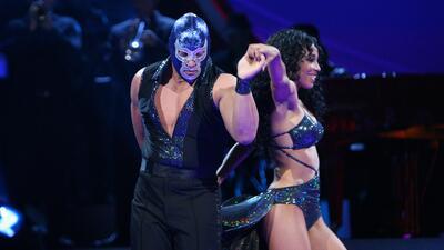 La lucha que dio Blue Demon Jr. en su paso por Mira Quién Baila