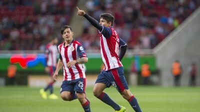 Ya no hay rival chico: Chivas sufrió con Correcaminos, pero pasó a cuartos de Copa MX
