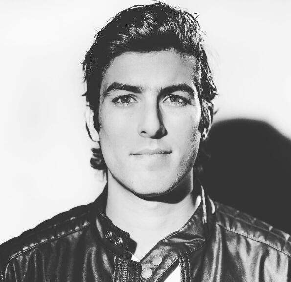 Juan Pablo Gil Novelas