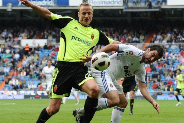 El primer tiempo fue un tanto aburrido y con pocas situaciones de gol.