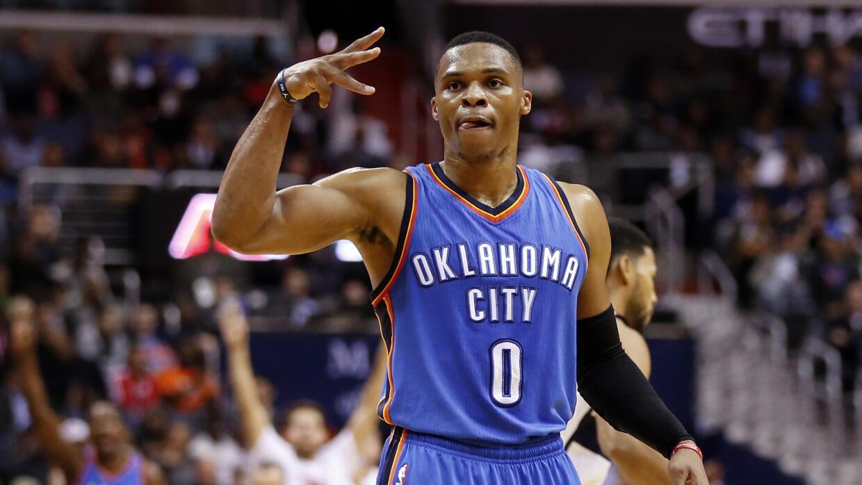 Westbrook totalizó 22 puntos, 11 asistencias y 11 rebotes.