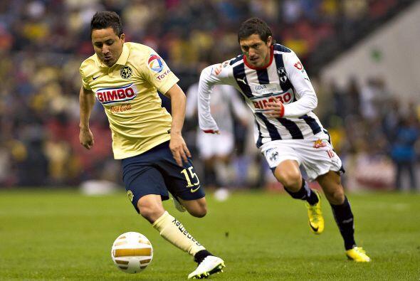 Fue tan pobre su actuación que el entrenador de Monterrey, Carlos Barra,...
