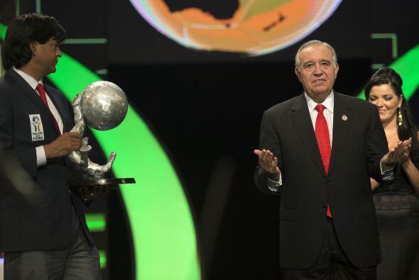 El DT del Toluca, José Saturnino Cardozo,  estaba presente en la ceremonia.