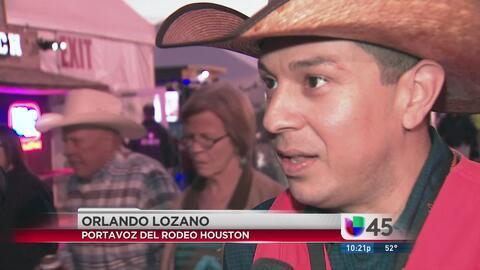 Concurrida asistencia a concurso de carne asada en el Rodeo Houston