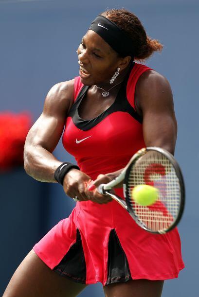 La jugadora local, Serena Williams[28] venció a la rusa Anastasia Pavlyu...