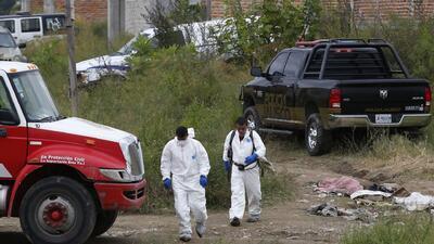 Hallan otra fosa clandestina con 16 cadáveres en Guadalajara, México