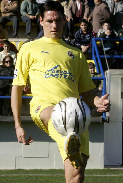 El 18 de Mayo de 2008, Guardado ingresó a los 77 minutos para enfrentar...