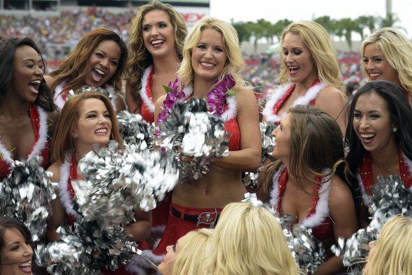 Tampa Bay Buccaneers: CASSIE (AP-NFL).