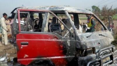 Al menos 17 niños y una profesora murieron el sábado en un incendio de u...