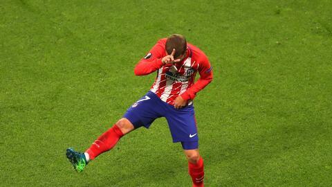 Antoine Griezmann celebra su gol en la final de la Europa League ante el...