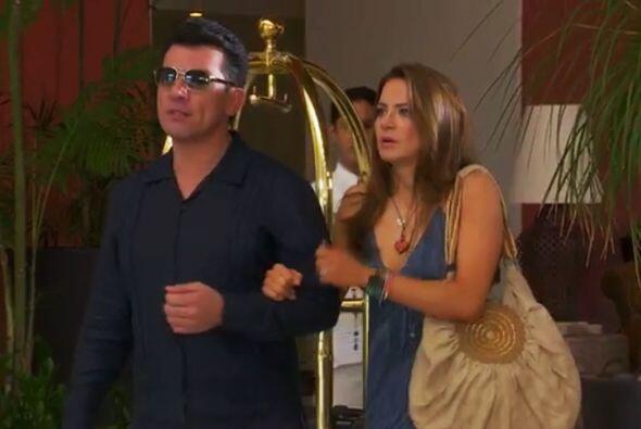 Bueno Ana, mientras piensas cómo revelarle tu doble vida a Fernando, no...
