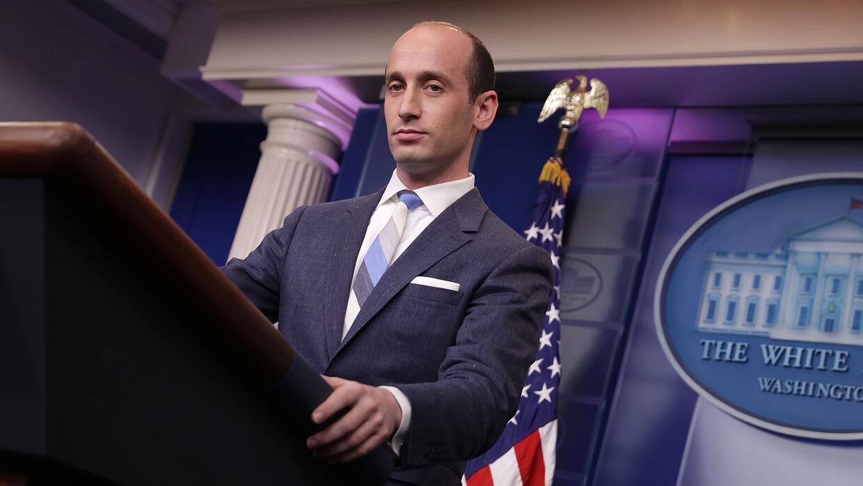 Stephen Miller, el asesor presidencial de mayor rango contactado por los...