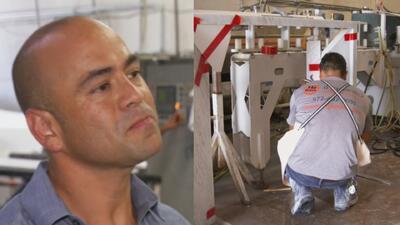 Comenzó su negocio picando piedra y ahora es dueño de su propia empresa de instalación de mármol