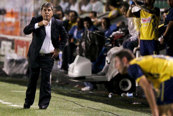 Carlso Reinoso guardó a jugadores como Angel Reyna y Vicente Sánchez en...