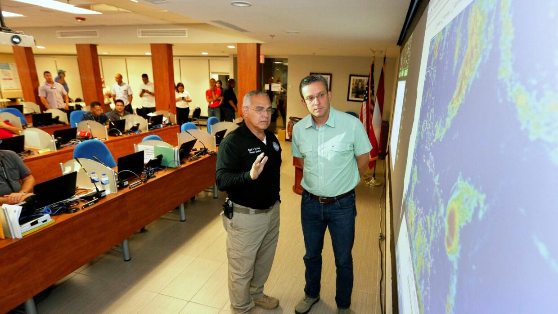 Gobernador visita centro de operaciones de Agencia Estatal para el Manej...